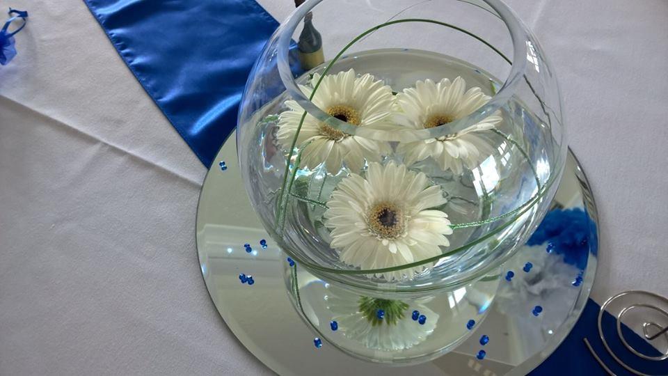 Rose Bowl Wedding Centre Piece