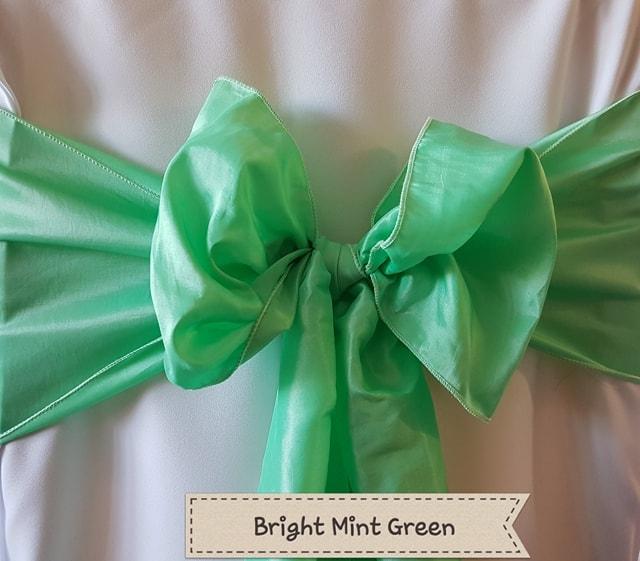 BRIGHT MINT GREEN